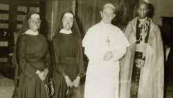 Sisters Petronilla Mukagoa (extreme left) and Laurina Kokutona accompanied by Cardinal Laurean Rugambwa (extreme right)